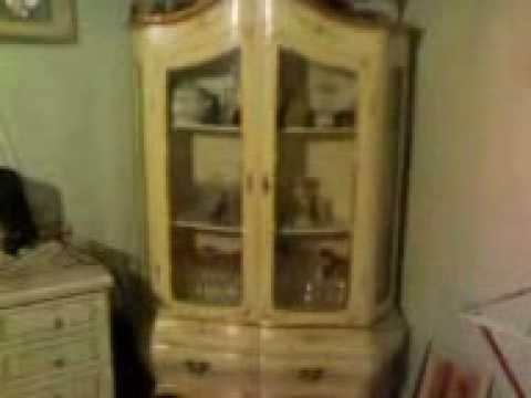 Vetrina stile veneziano anni 80 dipinta a mano in vendita for Case in stile artigiano in vendita in california