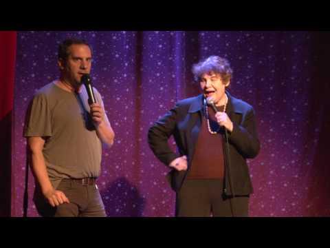 "Seth Herzog & Justin Long Discuss ""Transitioning"" With Seth's Mom"
