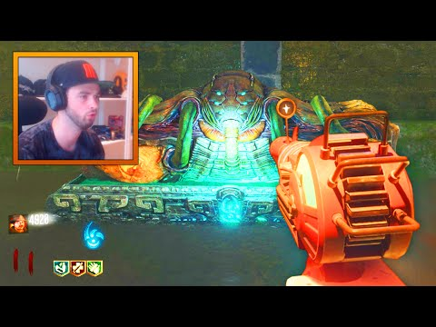 "Black Ops 3 ZOMBIES GAMEPLAY #1 - ""Shadows of Evil"" w/ Ali-A (Call of Duty Zombies)"