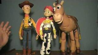 "Toy Story Collection: Jessie ""The Yodeling Cowgirl"" Doll Review"