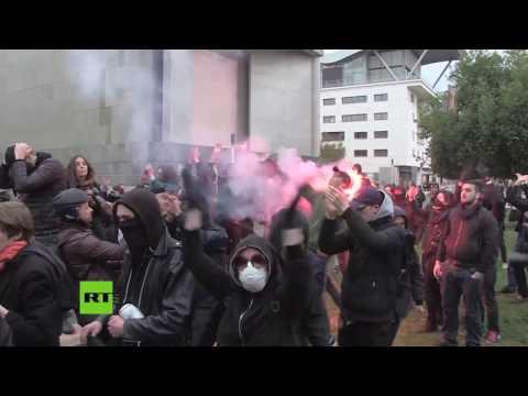 Francia: Choques entre la Policía y manifestantes contra Marine Le Pen
