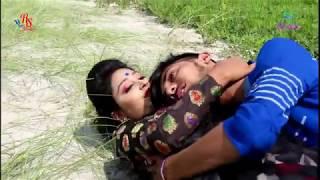 Download Video একদিকে পৃথিবী একদিকে তুমি যদি থাকো । বাংলা সিনামার জনপ্রিয় গান | Ek Dike Prithibi | SK Music MP3 3GP MP4