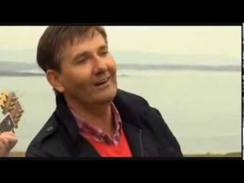 Daniel O'Donnell - Homes of Donegal (performed on Owey Island)