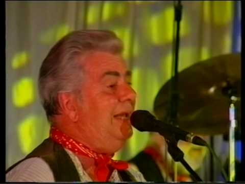 The Wurzels - twice daily (live)