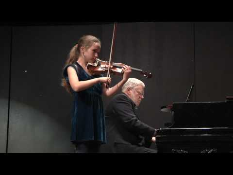 Alissa Plays Kreisler, 7th Gr Solo Night, The Crowden School, 2010-YouTube sharing.mov