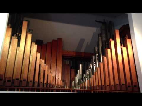 """MIDI Organ Plays """"Stars and Stripes Forever"""""""