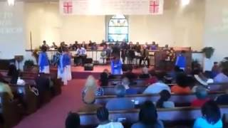 WB Mt Zion Abundant Praise (Live Through It by James Fortune)