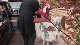 Prince George, Princess Charlotte and bridal party arrive for royal wedding