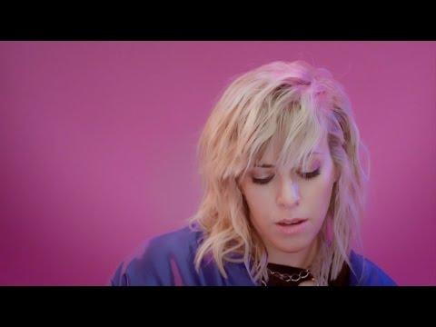 Laurence Nerbonne - Montréal XO - Videoclip