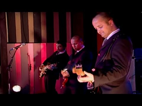 "The Surphonics - guitar surf music ""Live at the Sunhouse"""