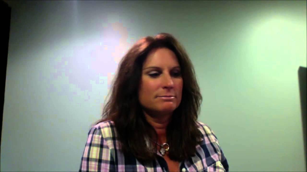 Live chat with terri clark youtube for Terri clark pics