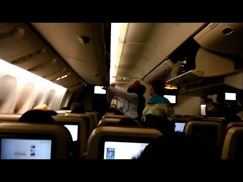 JET AIRWAYS FLIGHT 9W 234 REVIEW FROM DELHI(DEL) TO TORONTO(YYZ) IN BOEING 777 300ER VIA AMSTERDAM
