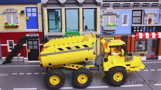 lego-cars-transformer-police-car-and-dump-truck-bank-robbery-video-for-kids