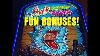 SHARK RAVING MAD SLOT MACHINE BONUSES!