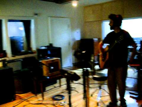 tracking acoustic guitar
