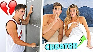 cheating-with-the-door-locked-prank-on-boyfriend-he-hit-him