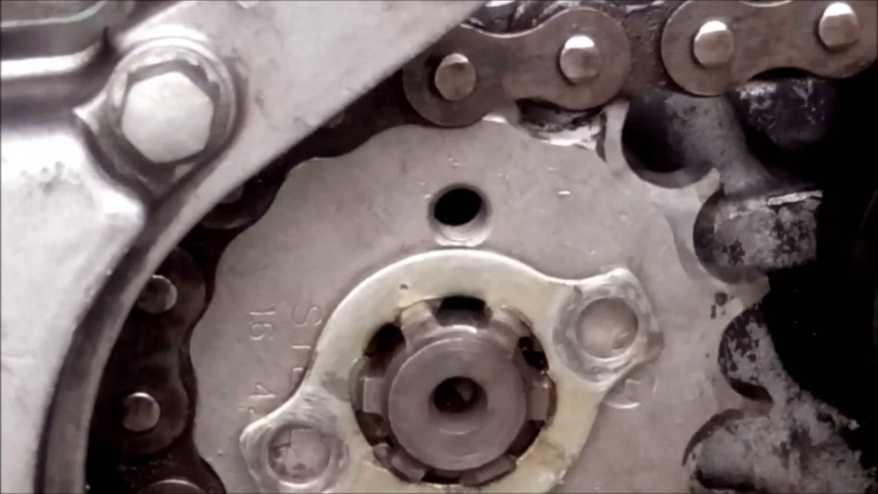 Yamaha LC 135 How To Install a Front Sprocket Size 16