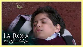 """La Rosa de Guadalupe: El papá de Migue piensa que es un """"Ma..."""