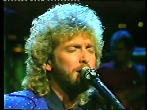 Keith Whitley-I Never Go Around Mirrors