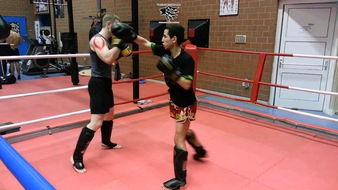 Abnehmen mit Kickboxen