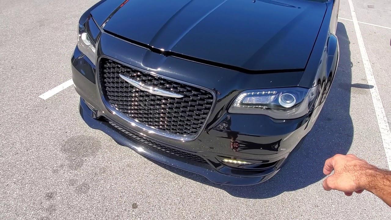 Download 2020 Chrysler 300S HEMI - Start up and Tour