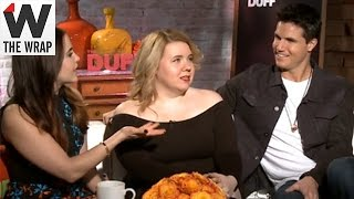 'The DUFF's' Mae Whitman, Robbie Amell On Which Classic Teen Movie They Would Remake