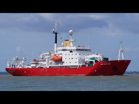 Antarctic survey ship JAMES CLARK ROSS arrives at harwich harbour 9/6/20
