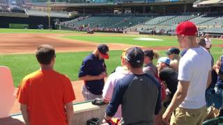 Astros Pitcher Lance McCullers Jr. Signing Autographs – iFolloSports.com