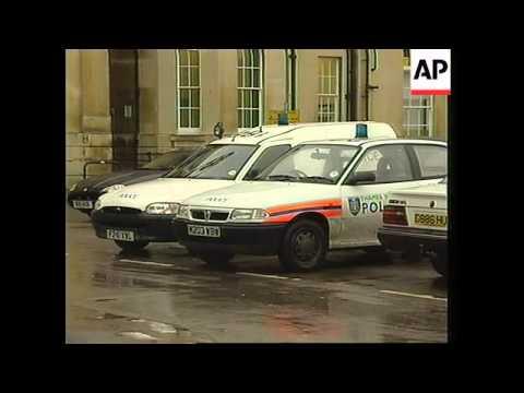 UK: FORMER BEATLE GEORGE HARRISON STABBED: HOSPITAL - YouTube