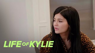 kylie jenner is over her rainbow colored hair life of kylie e