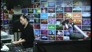 Lady Waks In Da Mix # 194 (05-09-2012)