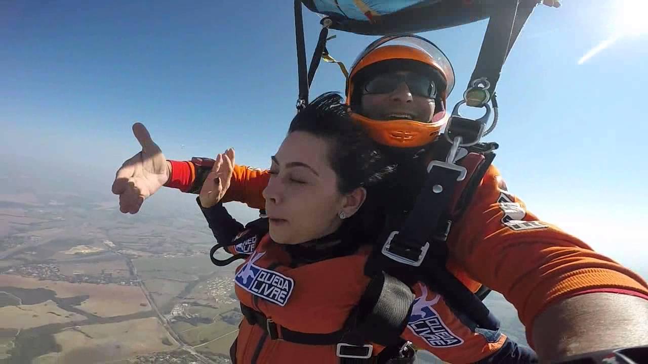 Salto de Paraqueda da Mary Helen na Queda Livre Paraquedismo 30 07 2016