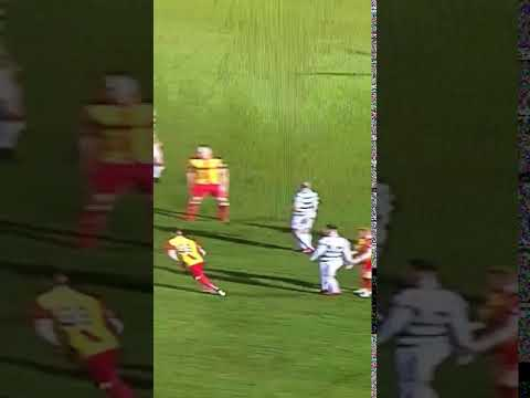 Referee John Beaton does nice flick to Celtic's Scott Brown