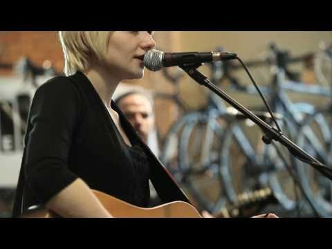 Jessica Lea Mayfield - Trouble (Live on KEXP)