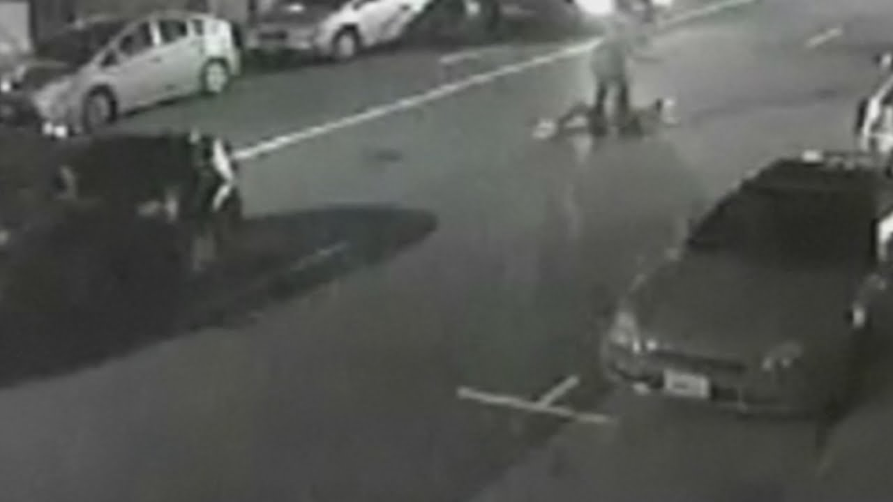 Shocking CCTV: British tourist being stabbed to death in the U.S