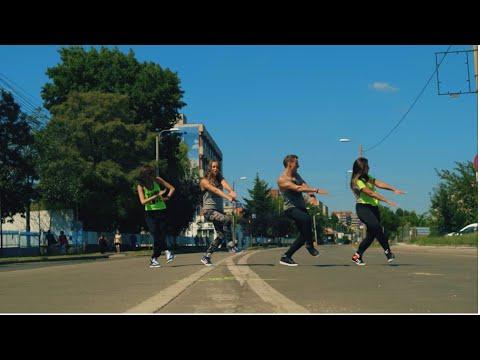 Farruko - Chillax - Dancehall - Zumba fitness choreo by Claudiu Gutu