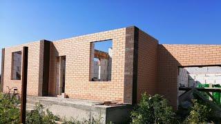 Этап строительства у семьи из Сахалина. Стены почти готовы  Родники. Краснодарский край