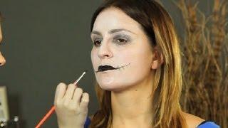How to Do Makeup Like Andy Sixx : Beauty & Skin Care