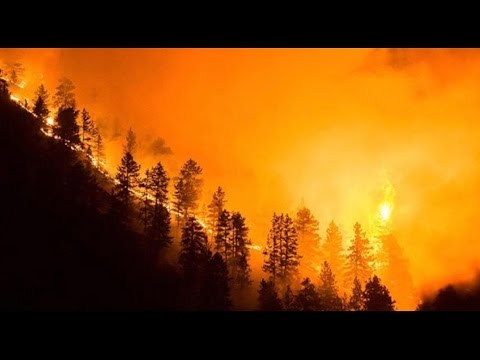 The Latest: Wildfire Near Boulder Colorado causes more than 1000 homes to be evacuated