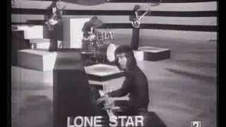 Lone Star.-Chica Solitaria.-Mi Calle.-Lyla.-Maquina Infernal.-Adelante.--//Musica Leorrojo