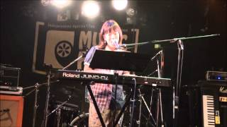 安藤栞 苺スムージー
