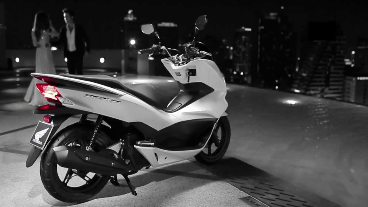 Honda New PCX Putih