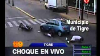Canal 9 - Choque en vivo en Tigre