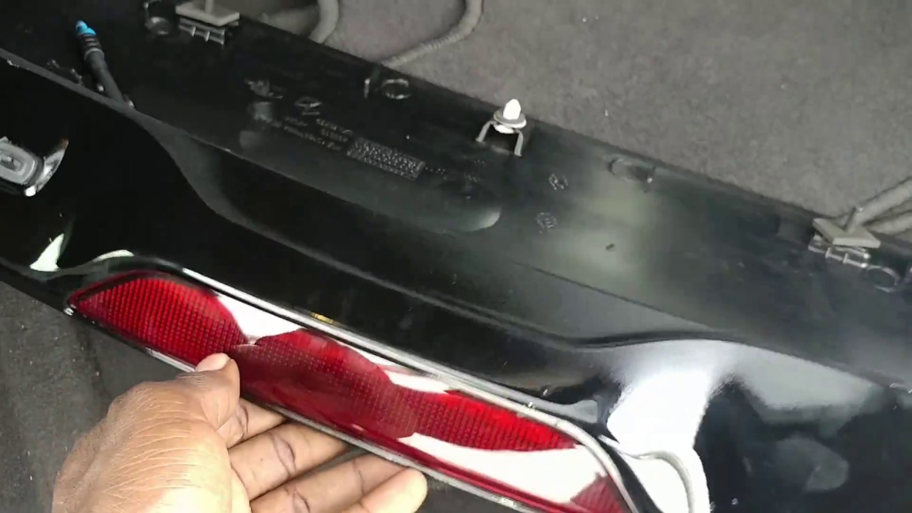 Jeep Compass 2018 >> jeep compass center brake light and spoiler replacement - YouTube