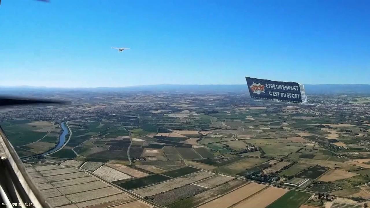 Publicité aérienne Pasquier Pitch 2016