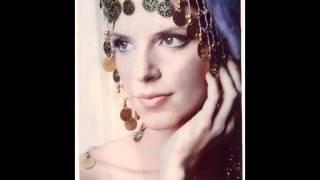 DINA - SHALOM ALEICHEM, traditional jewish music