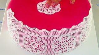 7c9daa8ddd8 Cake with SugarVeil edible lace (Dort s jedlou krajkou SugarVeil)