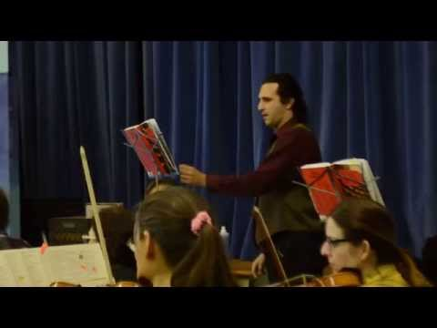 """Carson Gilmore (as Dulcamara), in rehearsal for """"L'elisir d'amore,"""" performed with Palisades Symphony, August 2014."""