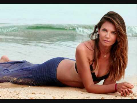 Veronika Loubry C Est Dans L Air Youtube