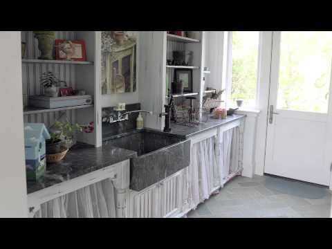 Katharine Hepburn's Home For Sale